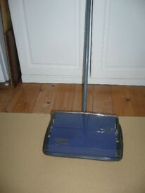 Ewbank Classic Light Weight Handy Manual Carpet Sweeper Cleaner BH5