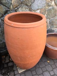 Terra cotta plant pots - large.