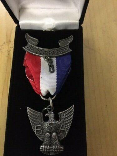 """Vintage BOY SCOUTS """"Be Prepared"""" Eagle Medal w/Ribbon BSA"""