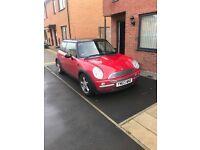 Mini Cooper For Sale - £695 ONO 115,000 MOT due June 17.