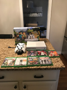 Xbox One S Minecraft Bundle 500GB with 8 Games & Two Controllers