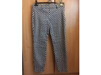H & M straight leg patterned trouser size 8