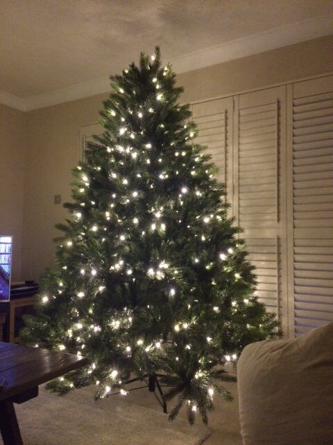 Puleo Christmas Tree with built in lights. 7ft tall. Only used twice. In  full working order - Puleo Christmas Tree With Built In Lights. 7ft Tall. Only Used Twice. In  Full