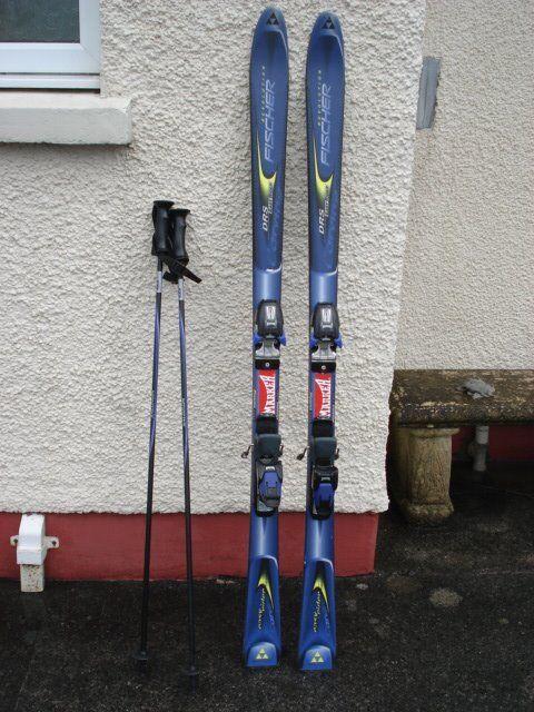 Fischer Revolution 158cm Skis In Llanelli