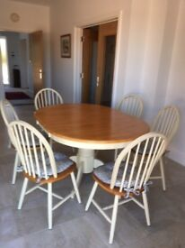 Scotts of Stowe kitchen table and 6 chairs