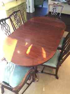 Beautiful Solid Wood Dining Set (Table and 6 Chairs)