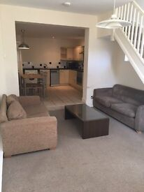 1 Bedroom Duplex Apartment £595.00 PCM Broomhill - AVAILABLE NOW