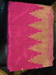 Saree / Sari / dress Indian / Sri Lanka Magenta Pink