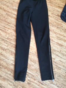 Stella McCartney Size 38 Black Skinny Pants