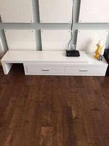 MEUBLE TELE EXTENSIBLE / EXTENDABLE TV STAND $400