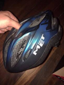 MET Bike helmet Londonderry Penrith Area Preview