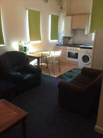 2 Bedroom flat, Available now! Acton Town