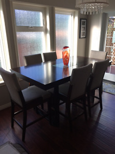 Dining Room Table, Chairs and Credenza