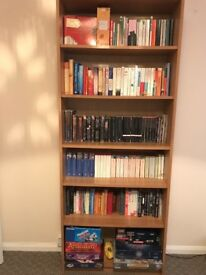 Sturdy full-sized bookcase (6 shelves)
