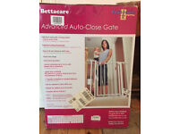 Bettacare extra-narrow advanced auto-close gate (completely new, still in box)