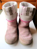 Winter boots size 10 for toddler girl