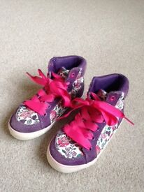 Girls JOULES Boots/Sneakers Floral Size 9 *Excellent hardly worn condition*