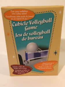 CUBICLE VOLLEY BALL WORK PLACE GAME ONLY $10