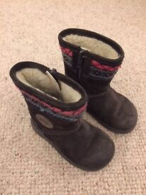 Brown Girls Clarks Boots - Size C6
