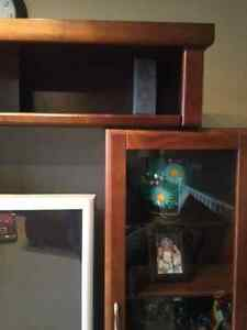 Great Condition Wooden and Glass Entertainment Hutch Strathcona County Edmonton Area image 4