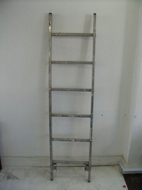 Ladder .Made of aluminium . Size : H=193cm , W=49cm .