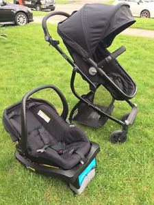 Urbini Travel System:  Stroller and Car Seat- Like New Condition