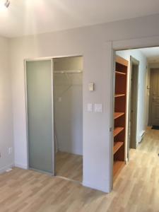 1 bedroom+Parking Condo Near UBC - on Dunbar/16th