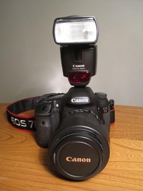 Canon 7D Digital SLR Camera Kit
