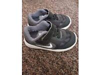 Nike size 5 infant