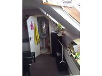 Available now Studio Flat/Bedsit in Leyton close to train station