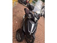 piaggio mp3 youban 300cc ride on a car licence