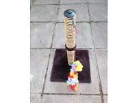 Cat scratching post.(collection only)