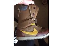 Nike SB DK snowboard boots - size 11 (used for two weeks of boarding)