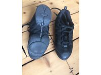 Bloch 'Criss Cross' split soles jazz sneakers size 5/ 5.5