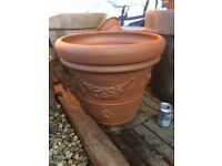 Large very attractive terracotta plant pot/planter