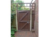 Outsde Gates in Wood - Pair of gates for driveway - Single personal gate