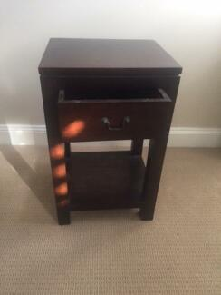 Bed side tables, great condition