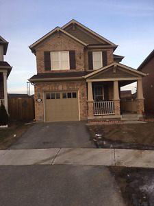 BEAUTIFUL 3 BEDROOM DETACHED HOME [CREDITVIEW/BOVAIRD]
