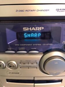 Sharp Bass/Radio Stereo