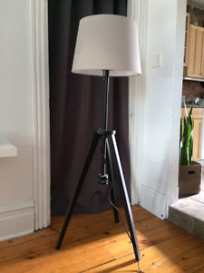 Lampe sur pied/Floor lamp