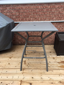 BRAND NEW bistro patio table