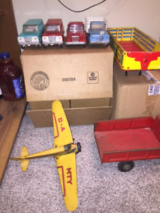 downsizing old toy collection 50s/60s vintage toys