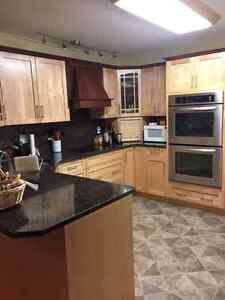 Room for rent in donwtown townhouse