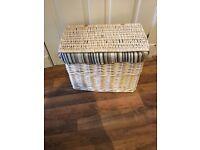 White Wicker Fabric Lined Storage Hamper/Chest. £10.
