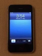 iPhone 3GS, near new condition, unlocked, 6 months warranty! South Perth South Perth Area Preview
