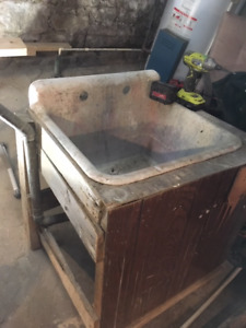 Antique Belfast sink - discovered in Victorian home reno