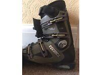 Tecnica ski boots size 8