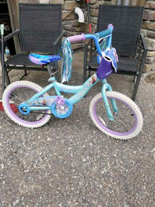 Girls bike Frozen theme like new
