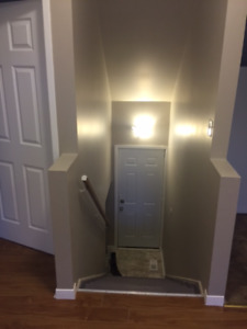 1 Bedroom+Den Flat in North end Halifax, Close to Hydrostones
