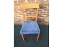4 x dining chairs for sale for £20